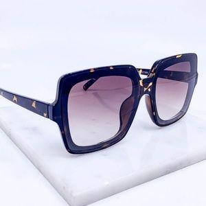 🆕Tortoise frame smoky lens fashion sunglasses